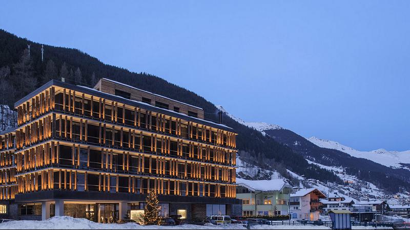 Zhero Hotel Ischgl Außenansicht