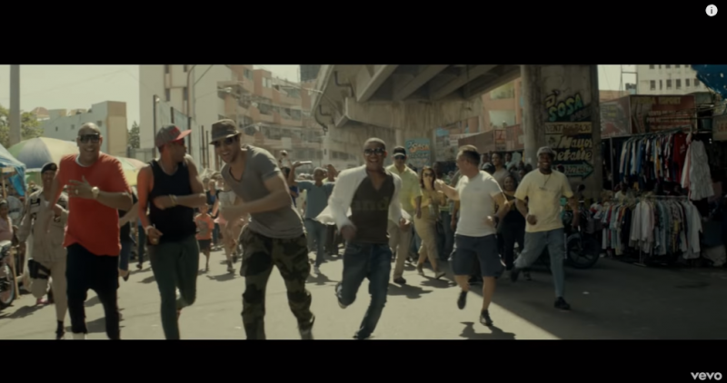 Enrique Iglesias feat Descemer Bueno und Gente De Zona