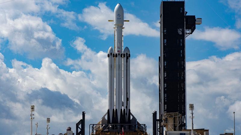 Falcon Heavy wartet auf Startsignal