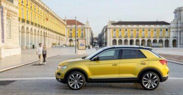 Volkswagen T-Roc in Innenstadt