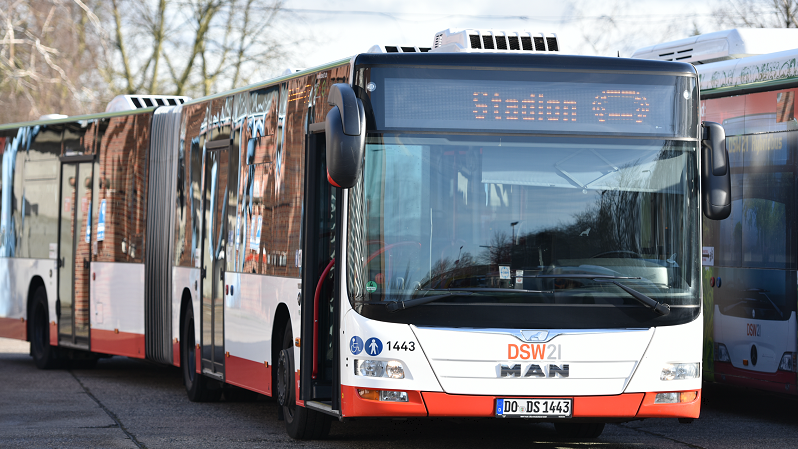 Bus, Dortmund, Stadion, ÖPNV, DSW21
