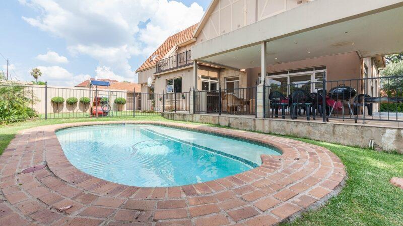 Airbnb, Johannesburg, Pool
