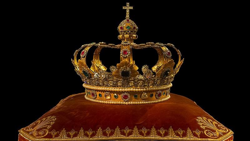 Krone, Krönung, Kaiser, König, Top-Fans, Facebook Top Fan, Top-Fan-Abzeichen