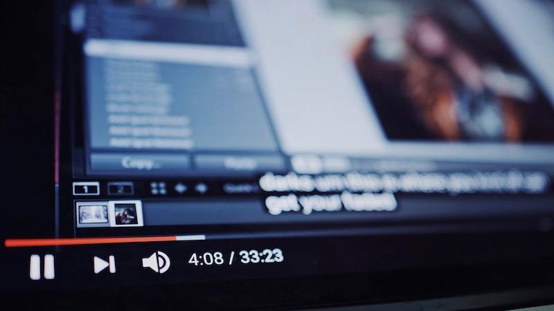 YouTube, Regeln, Werbung, Hatespeech