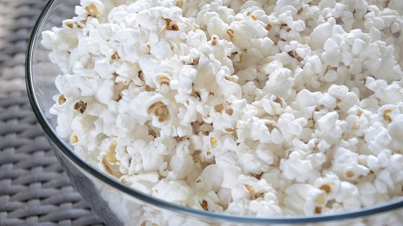 Popcorn, Schale, Snacks, Unterhaltung, Amazon Prime im September