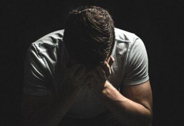 Trauer, Unglück, unglücklich, traurig, unzufriedene Mitarbeiter, unglückliche Mitarbeiter