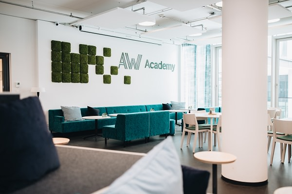 Academic Work, Academic Work Academy, Personalberatung, IT-Consultant, IT Ausbildung
