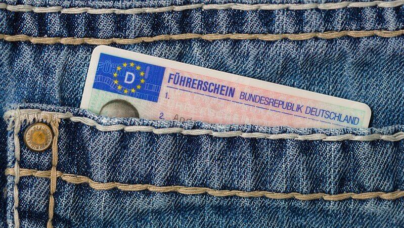 Führerschein, Hosentasche