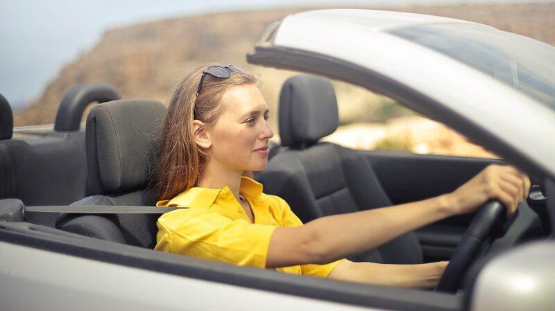 Frau, Autofahrerin, Auto, Cabrio