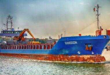 Schiff, Frachter, Containerschiff, Hafen, Schifffahrt, Logbuch, digitales Logbuch, Nautiluslog