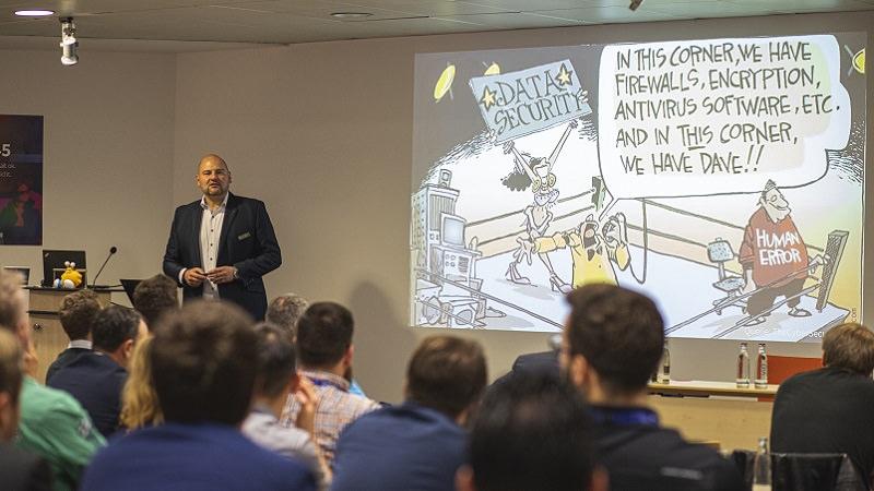Matthias Koll, G DATA, Live-Hacking, Cybersecurity