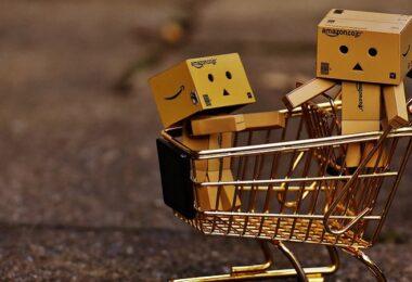 Amazon Amazon-Weihnachtsgeschäft, Amazon-Paket, Pakete, Päckchen, Retouren, Retouren-Vernichtung