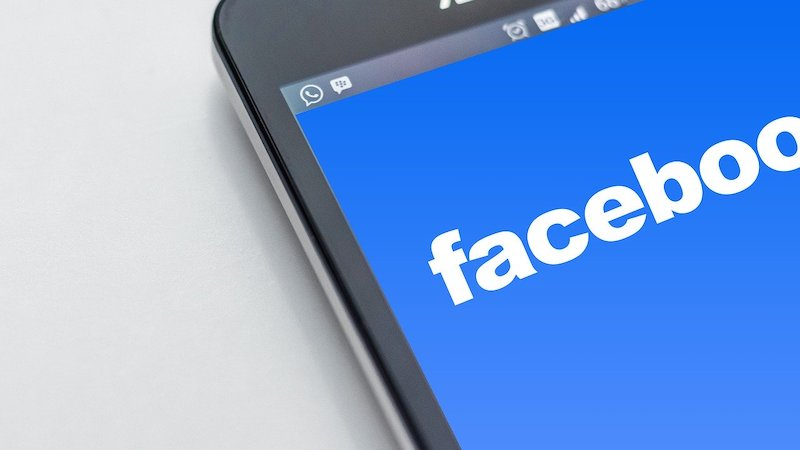 Facebook, Messenger, Macht