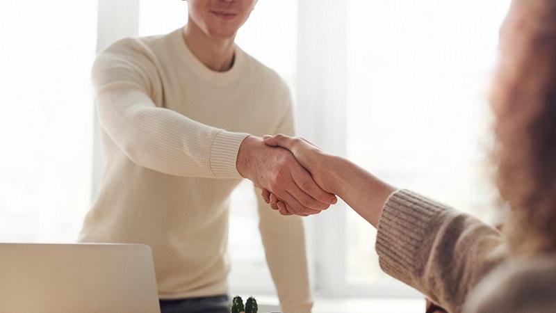 Vorstellungsgespräch, Bewerbungsgespräch, Bewerbung, Handschlag, Handshake