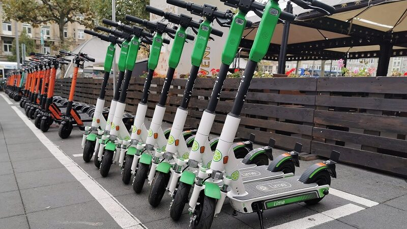 E-Scooter, Leihscooter, Lime, Circ, E-Tretroller, Scooter