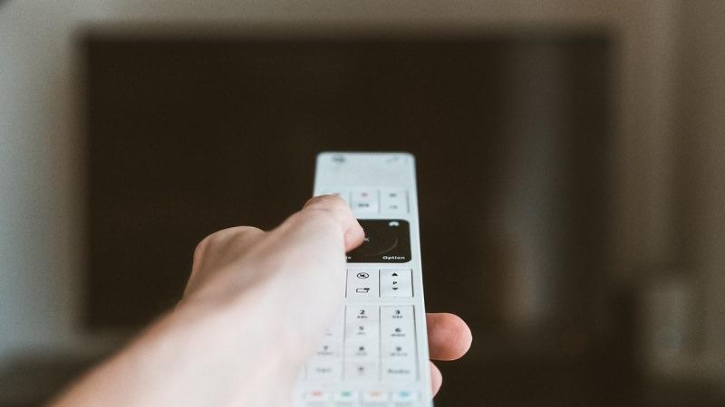 Fernbedienung, Fernseher, Fernsehen, TV, Streaming, TV-Kosten