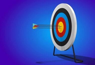 Zielscheibe, Bogenschießen, Pfeile, Pfeil, Facebook Targeting, Facebook-Targeting