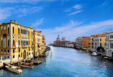 Corona, Fuckorona, Venedig