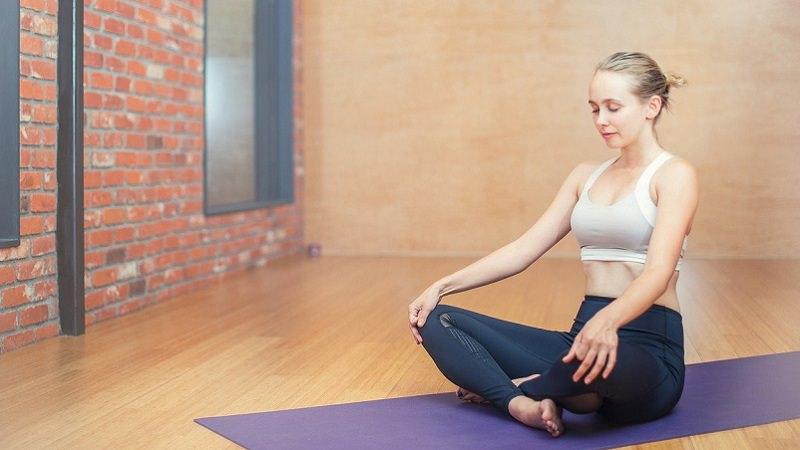 Yoga, Sport, Meditation, Fitness, Abschalten im Home Office