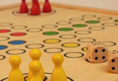 Mensch ärgere dich nicht, Spieleabend, digitaler Spieleabend, Brettspiele, Houseparty