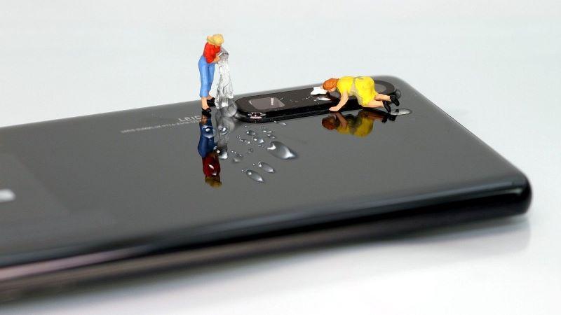 Smartphone, Smartphone reinigen