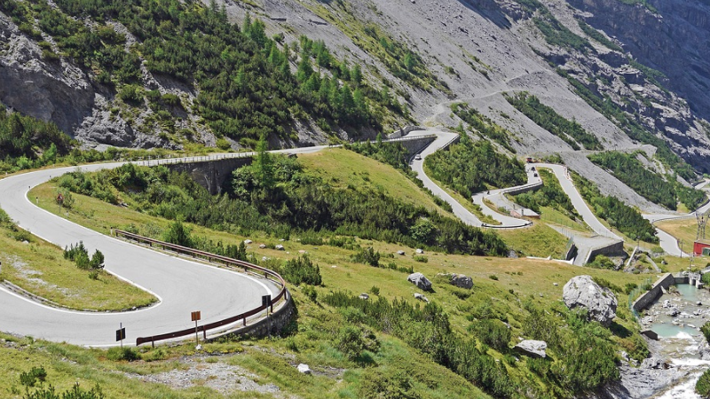 Stiflser Joch, Italien, Berge, Bergpass, Straße