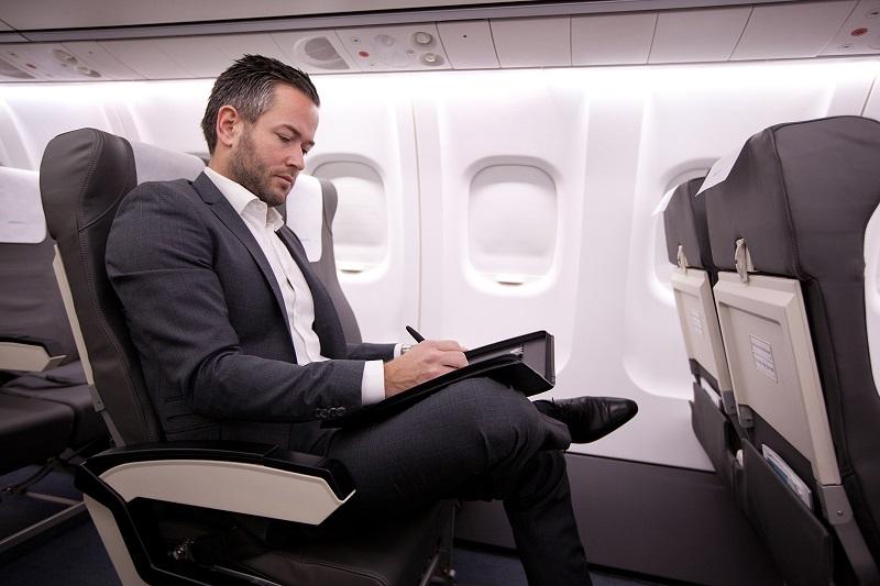 Green Airlines, Gechäftsreisen, Geschäftsmann, Flugzeug