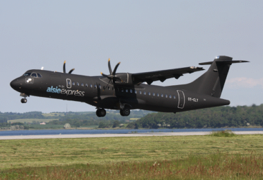 ATR 72-500, Flugzeug, Startbahn, Landebahn, Green Airlines