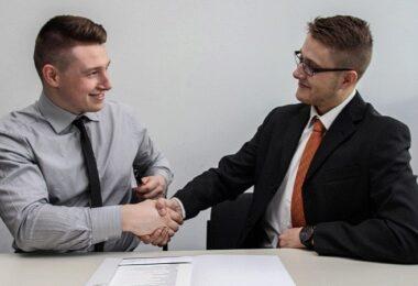 Handschlag, Handshake, Vereinbarung, Kooperation, Start-up-Kooperationen