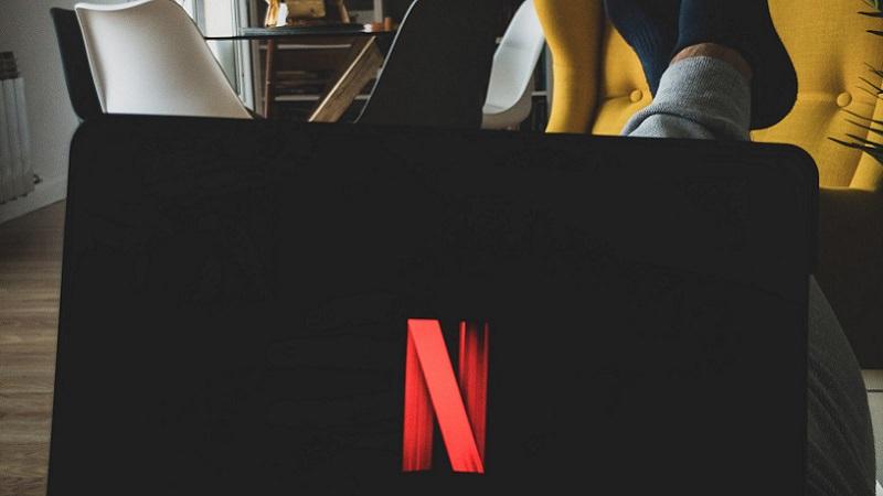 Netflix, Streaming, Tablet, Wohnzimmer, Netflix im Juni 2020