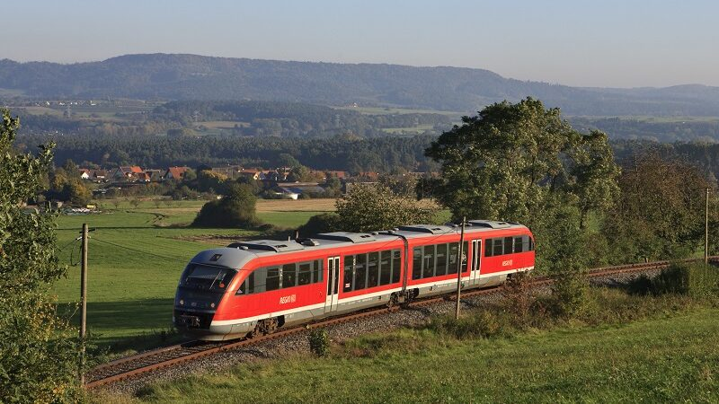Zug, Landschaft, Gräfenberg-Bahn, Zug, Desiro