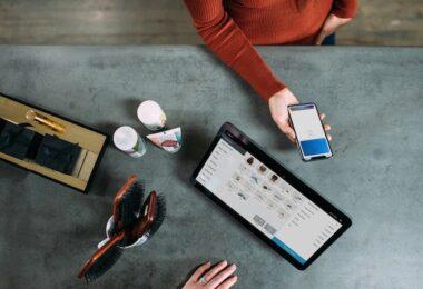 Smartphone, Tablet, Mobile Payment, digitales Bezahlen in Deutschland