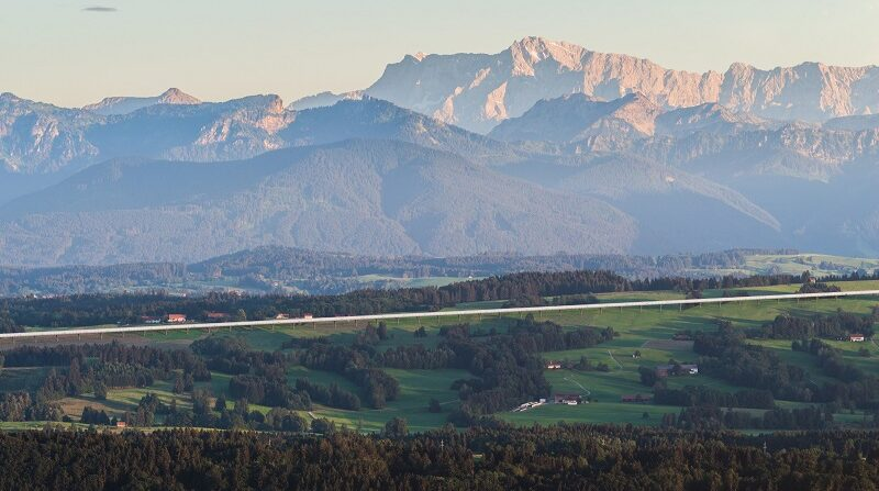 Berge, Bayern, Hyperloop