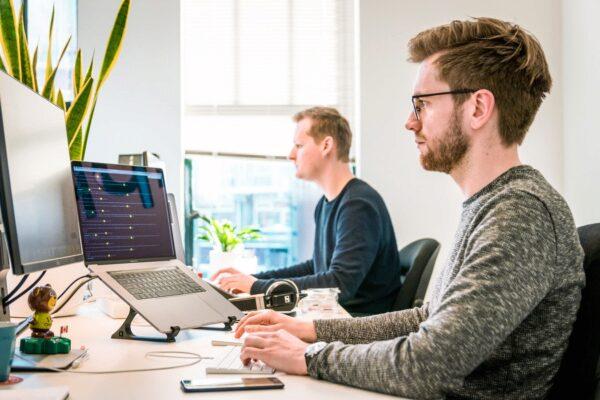 HTML, Code, Arbeit, Office, Kollegen