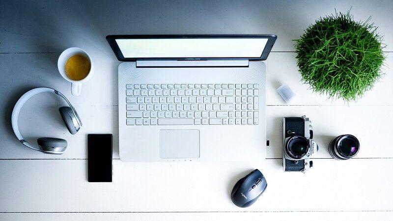 Home Office, Arbeitsplatz, Scrheibtisch, Laptop, arbeite