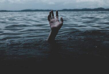 Ertrinken, See, Hilfe, Notfall, Burnout-Symptome