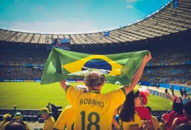 Fußball, Fußball-Fans, Stadion, Fans, Brasilien, Robinho, Fußball-Tickets verkaufen