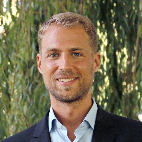 Hendrik Grosser, Detecon International, Showcase Architect Industrial IoT
