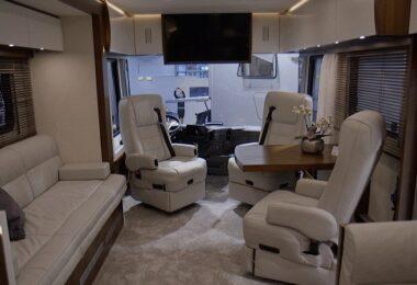 Vario Perfect 1200, Luxusliner, Caravaning, Wohnmobil