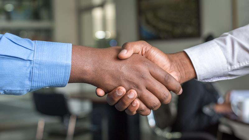 Zusammenarbeit Kooperation Start-ups KMU