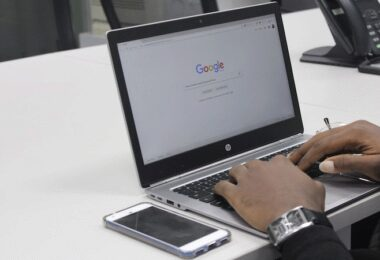 Google, Google-Vorschläge