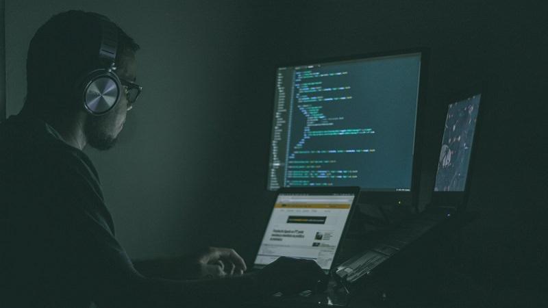 Hacker, Hackerangriffe, Hackangriffe, Code, Programmierer