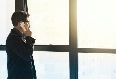 Telefonat, Telefon, Gespräch, ständige Erreichbarkeit