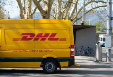 DHL, Postwagen, Deutsche Post DHL, Lockdown-Gewinner