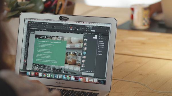 Keberlanjutan dalam masyarakat Adobe