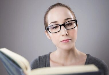 Buch, lesen, Lektüre, Lexikon, lebenslanges Lernen