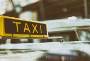 Taxi, Autos, Verkehr