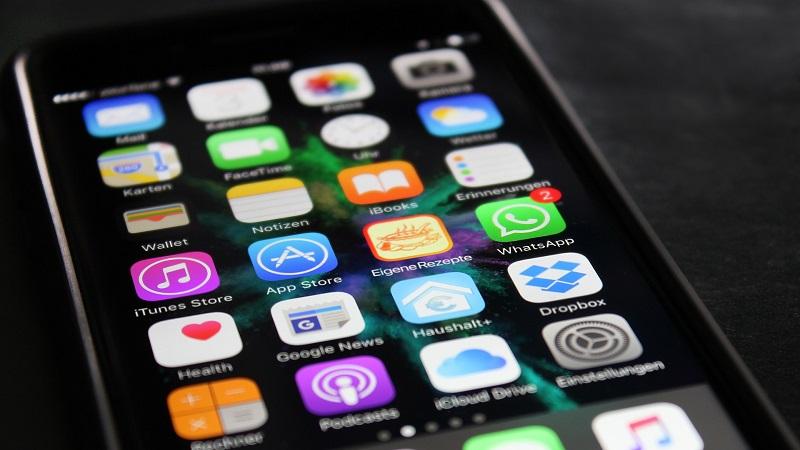 iPhone, Apple, WhatsApp, Apps