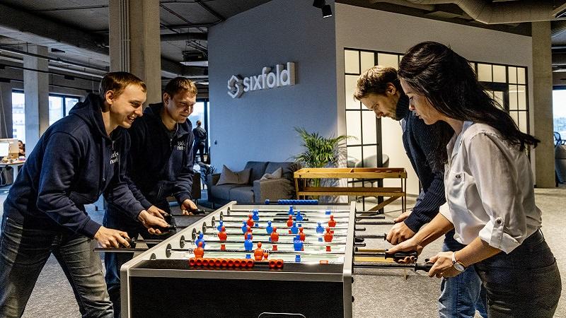 Bildergalerie-Zu-Gast-bei-Sixfold-dem-Logistikpartner-von-Cola-Nestle-und-Co-