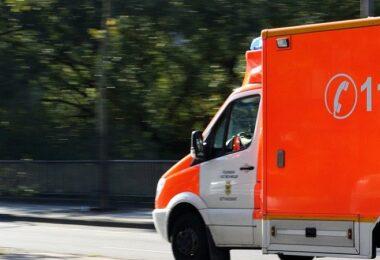 Krankenwagen, Notarzt, Unfall, Rettungswagen, Handlungsfähigkeit